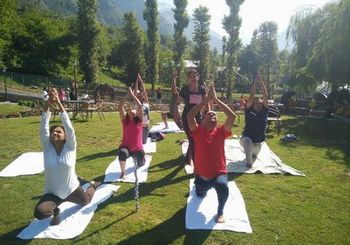 Yoga Outdoors in Kashmir